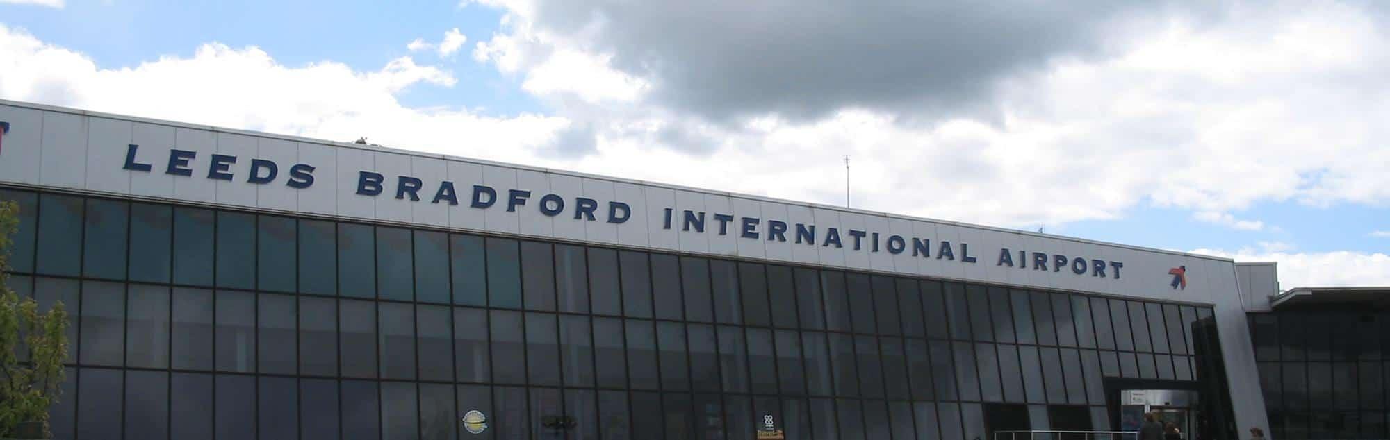 Airport transfer leeds bradford lba online booking airport leeds bradford lba m4hsunfo