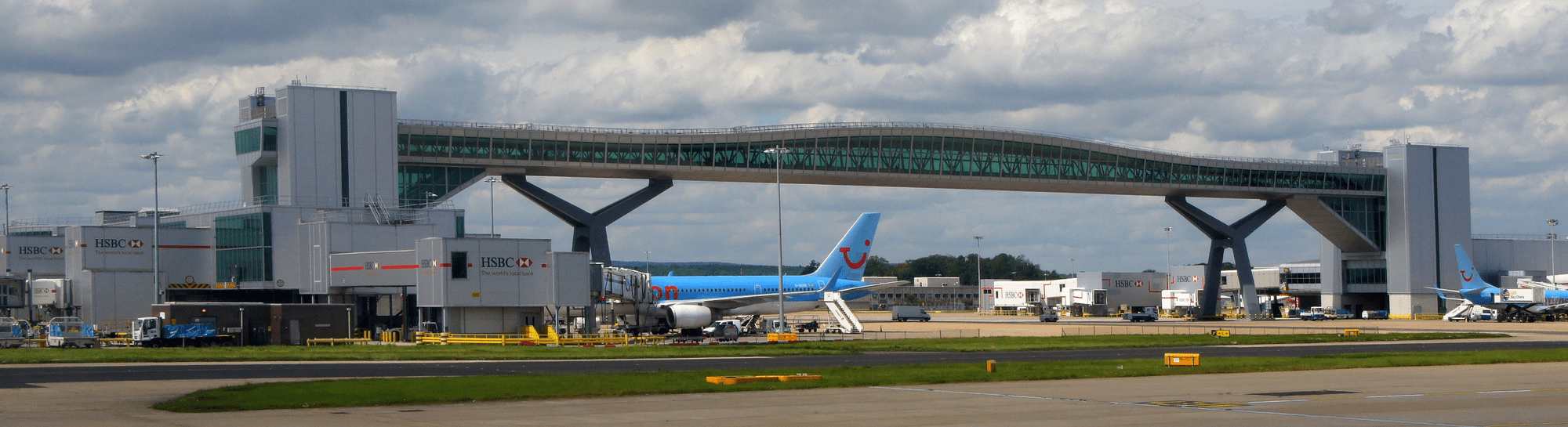 Airport london-gatwick